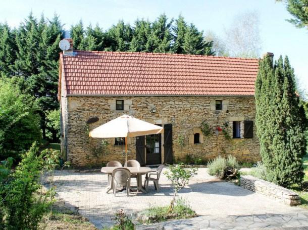 Location vacances Saint-Geniès -  Maison - 5 personnes - Barbecue - Photo N° 1