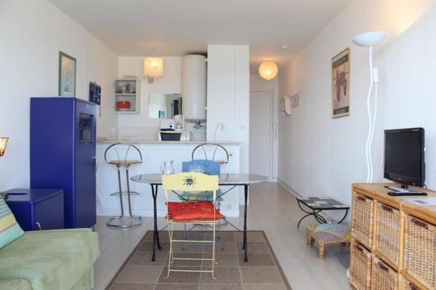 Location vacances La Baule-Escoublac -  Appartement - 2 personnes - Télévision - Photo N° 1