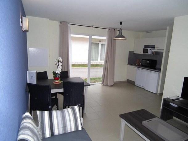 Location vacances Salies-de-Béarn -  Appartement - 8 personnes - Télévision - Photo N° 1