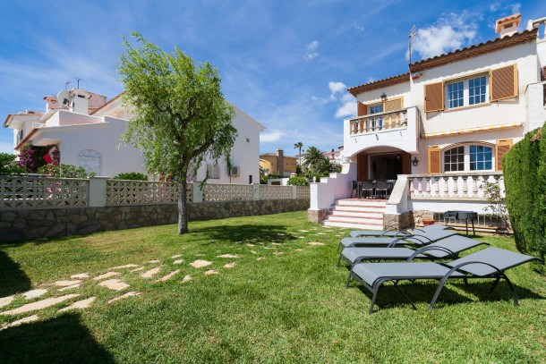 Location vacances Mont-roig del Camp -  Maison - 7 personnes - Barbecue - Photo N° 1