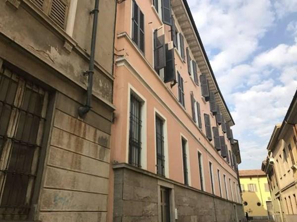 Vente Appartement 4 pièces 250m² Lodi