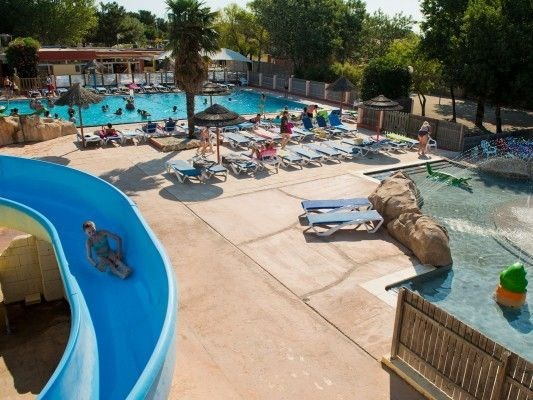 Location vacances Torreilles -  Camping - 10 personnes - Barbecue - Photo N° 1