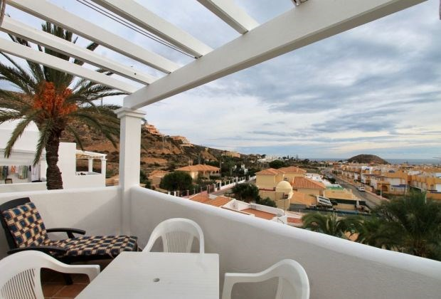 El Mirador 11 is a beautiful studio (first floor) located in a magnificent holiday domain, only 200m away from the beach