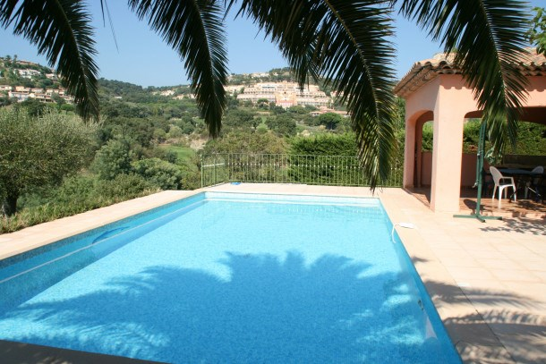 Location vacances Sainte-Maxime -  Maison - 10 personnes - Barbecue - Photo N° 1