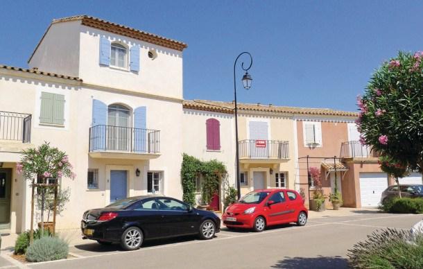 Location vacances Aigues-Mortes -  Maison - 8 personnes - Télévision - Photo N° 1