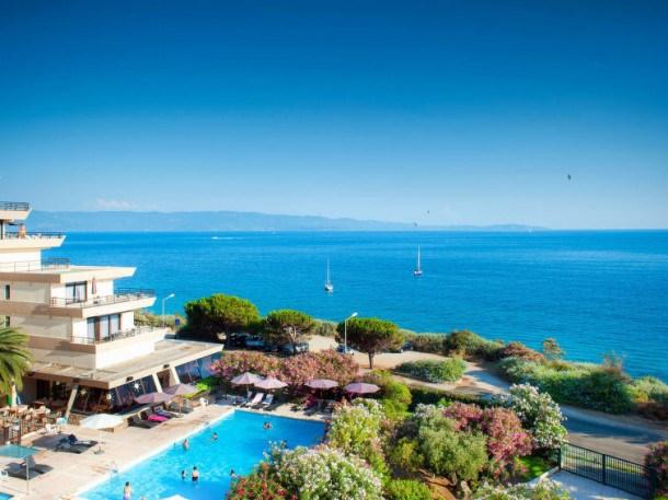 Location vacances Ajaccio -  Appartement - 4 personnes - Table de ping-pong - Photo N° 1