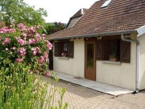 Maison indépendante, style chalet, à proximité de celle du propriétaire.