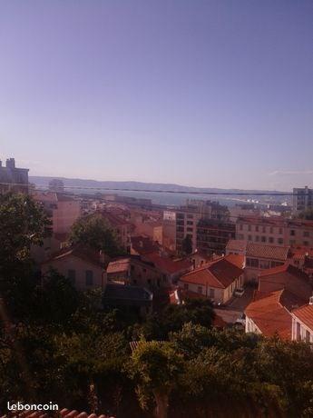 Location vacances Marseille -  Appartement - 5 personnes - Salon de jardin - Photo N° 1