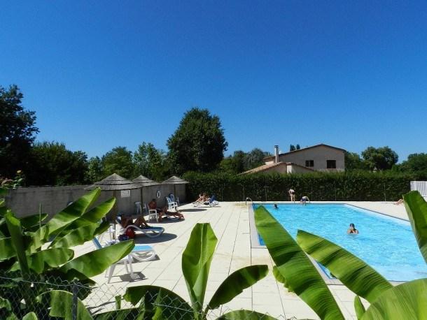 Camping LE CLOS DE LA LERE - Chalet n°7 32m² - 2 chambres + terrasse couverte 8 m²