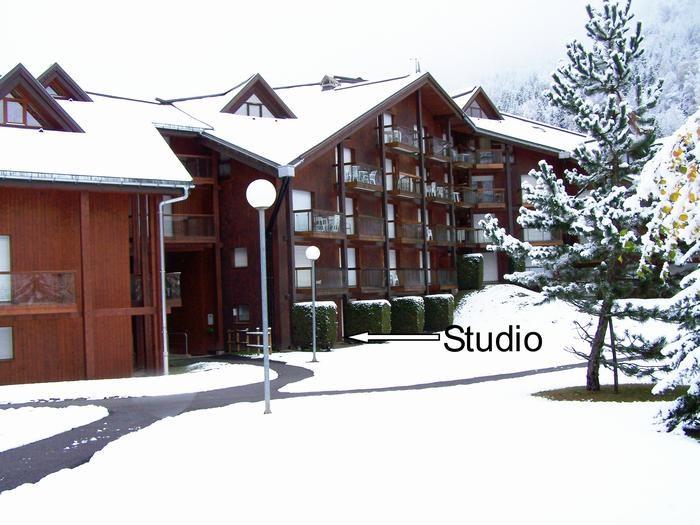 Vue de la résidence avec emplacement du studio