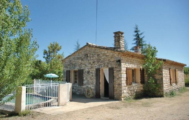 Location vacances Monieux -  Maison - 6 personnes - Barbecue - Photo N° 1