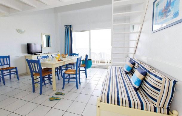 Location vacances Fouras -  Appartement - 4 personnes - Congélateur - Photo N° 1