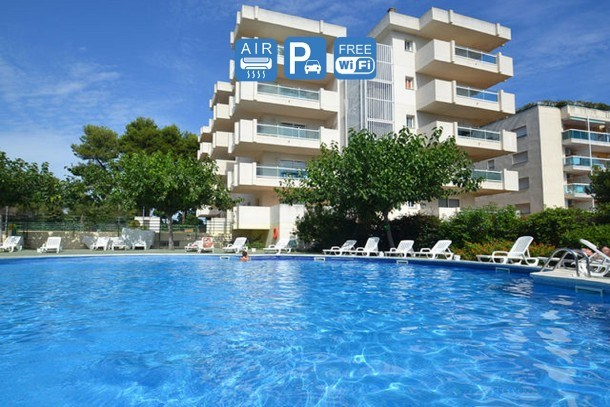 COSTA MAR PLUS Salou Apartment. Pool. Free WIFI