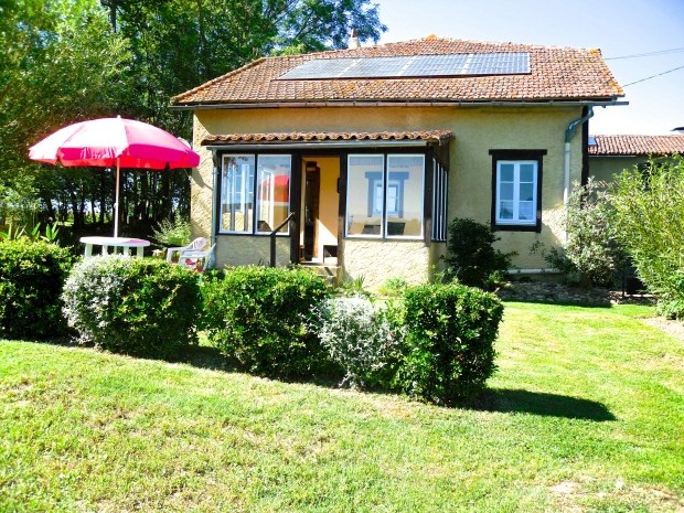 Location vacances Bonnefont -  Gite - 4 personnes - Barbecue - Photo N° 1