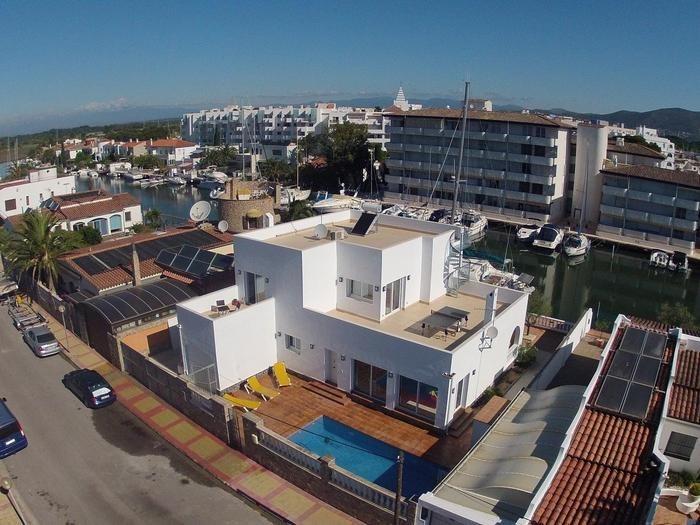 Maison pour 14 pers. avec piscine privée, Rosas