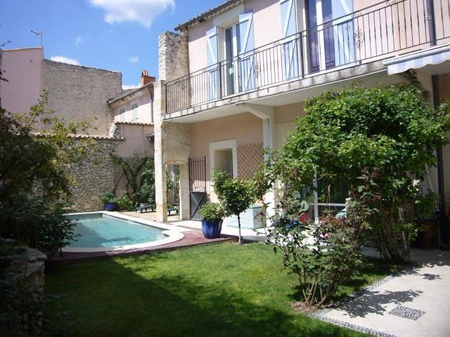 pour 8 pers. avec piscine privée, Nîmes