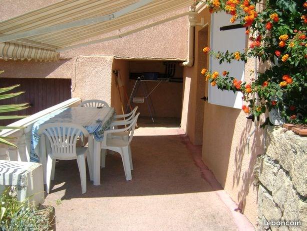 STUDIO MEZZANINE 28 m2 à 300 m de la plage