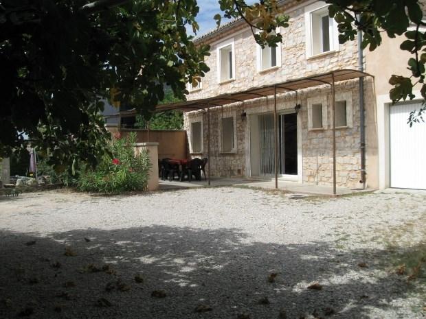 Location vacances Rasteau -  Gite - 6 personnes - Barbecue - Photo N° 1