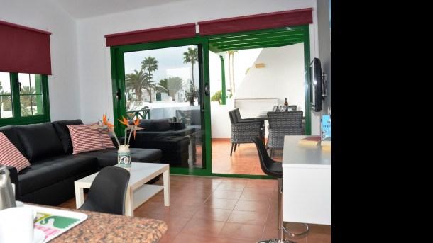 Location vacances Tías -  Appartement - 3 personnes - Télévision - Photo N° 1