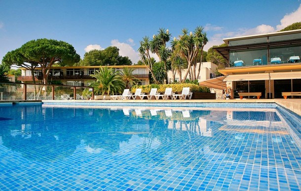 Location vacances Castell-Platja d'Aro -  Appartement - 4 personnes - Congélateur - Photo N° 1