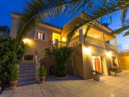 Nous vous proposons cette location de villa &agr