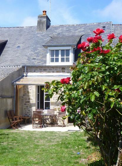 Holiday rentals Saint-Vaast-la-Hougue - House - 4 persons - BBQ - Photo N° 1