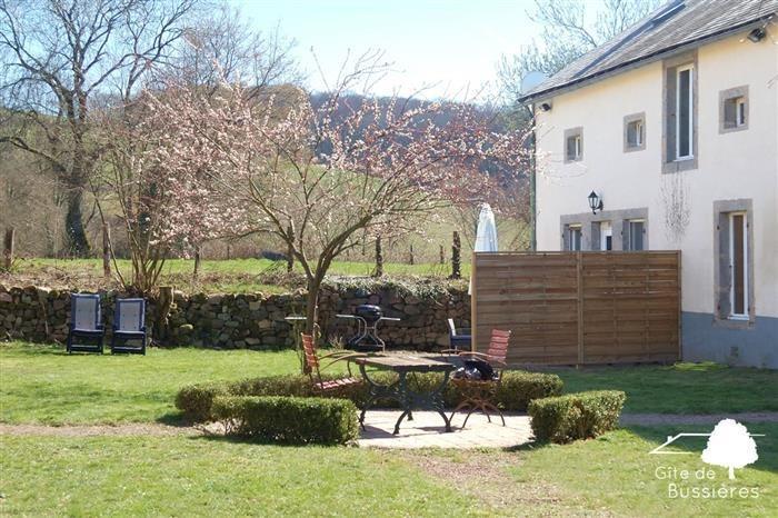 Location vacances Ouroux-en-Morvan -  Gite - 2 personnes - Barbecue - Photo N° 1