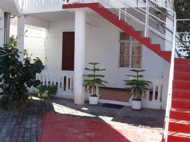Appartement dans villa pour 16 personne(s)