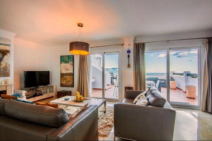 Luxueux penthouse 1 ch sur la plus belle plage de Marbella