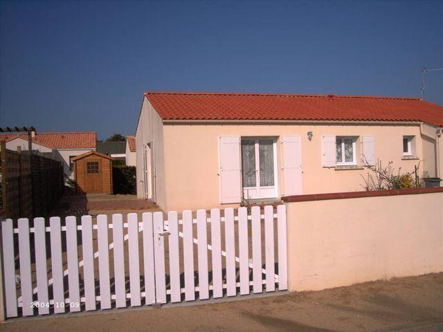 Façade de la Maison avec jardin clos