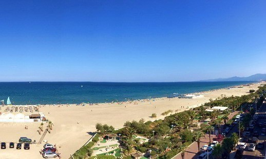 Location vacances Canet-en-Roussillon -  Appartement - 6 personnes - Chaise longue - Photo N° 1