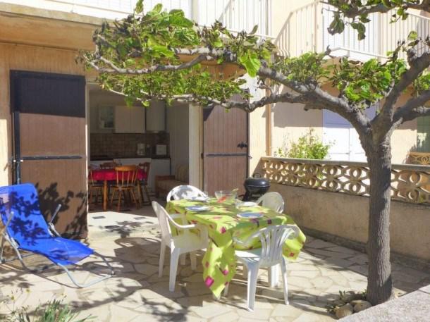 Location vacances Fleury -  Appartement - 4 personnes - Barbecue - Photo N° 1