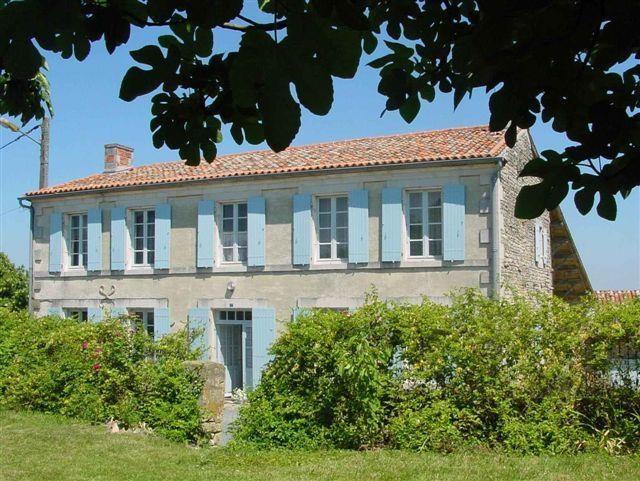 Ferienwohnungen Genouillé - Haus - 9 Personen - Grill - Foto Nr. 1