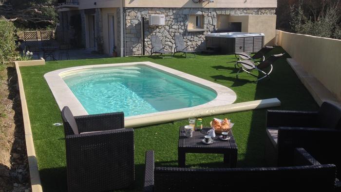 Appartement pour 4 pers. avec piscine privée, Calvi