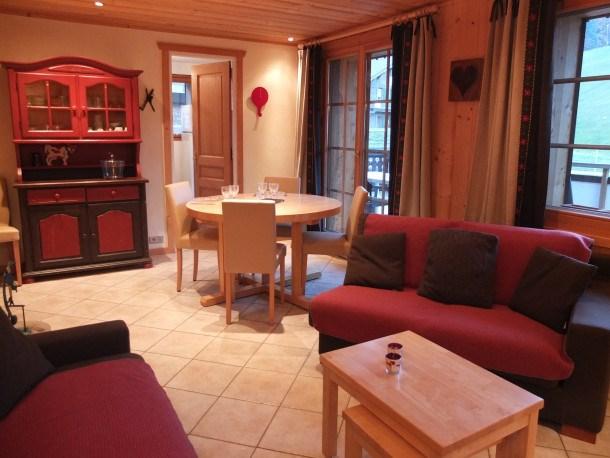Location vacances Les Gets -  Appartement - 6 personnes - Salon de jardin - Photo N° 1
