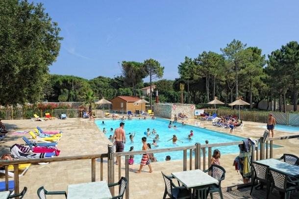 Location vacances Bonifacio -  Maison - 6 personnes - Salon de jardin - Photo N° 1