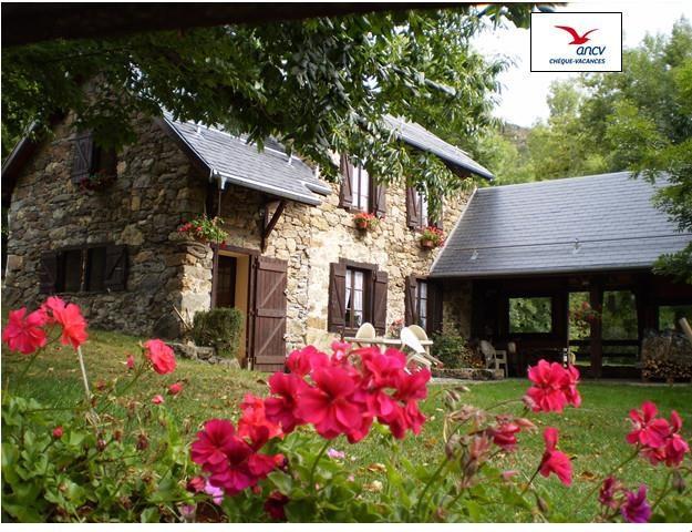Location vacances Saurat -  Gite - 5 personnes - Barbecue - Photo N° 1