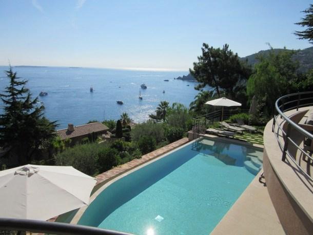 Superbe villa vue mer proche plages Théoule Cannes