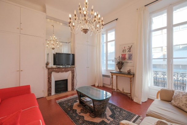 Very nice 1 bedroom in the heart of Cannes !!