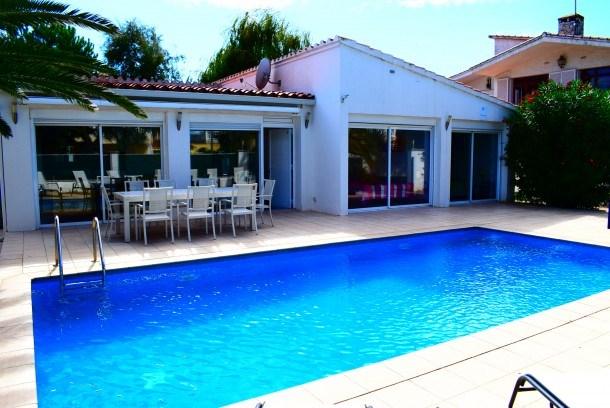 Villa avec piscine privée 8 personnes ref 333