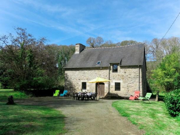 Location vacances Lanleff -  Maison - 4 personnes - Barbecue - Photo N° 1