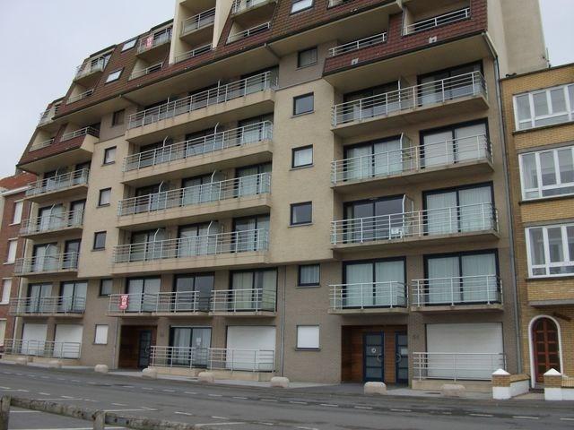 Appartement au rez-de-chaussée face à la mer.