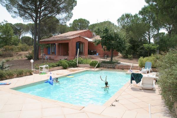Maison pour 6 pers. avec piscine, Vidauban