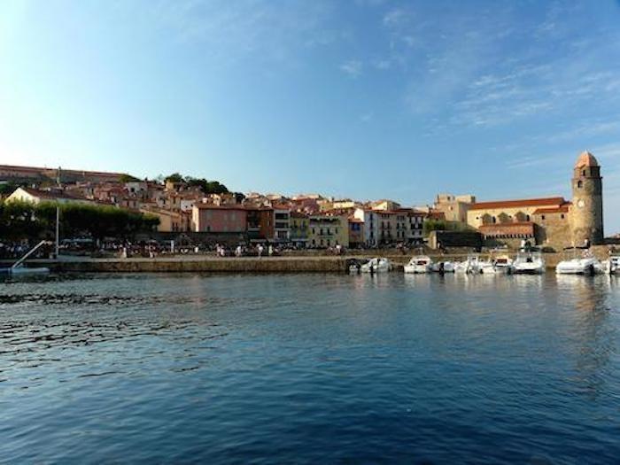 Port de Collioure avec vue sur église