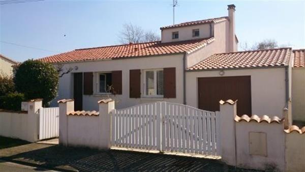 Gîtes de France Le gîte Petit Conil - Maison individuelle à la campagne, avec terrain 600m², garage, terrasse dallée ...