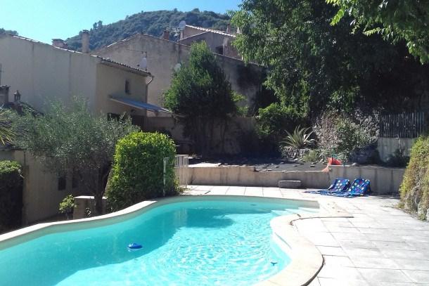 Location vacances Méounes-lès-Montrieux -  Maison - 5 personnes - Barbecue - Photo N° 1