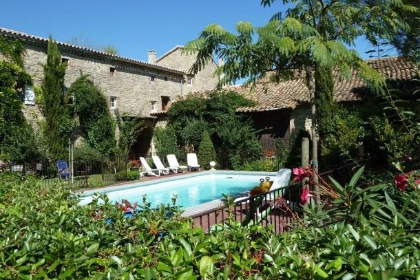 Location vacances Saint-Césaire-de-Gauzignan -  Maison - 20 personnes - Table de ping-pong - Photo N° 1