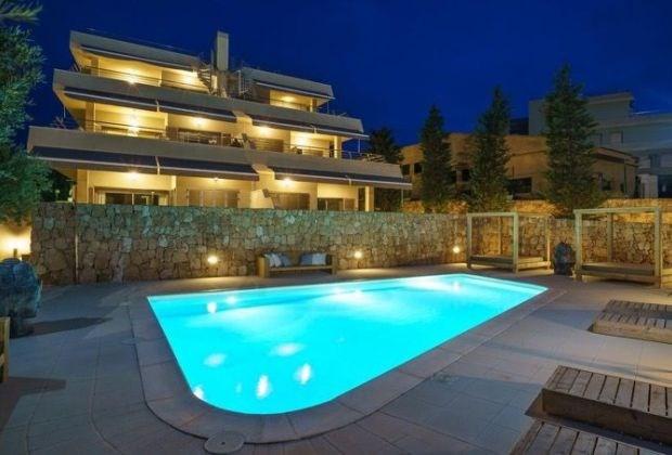 Casa Pulpo est un luxueux appartement boho situe dans la baie de Cala Tarida dans la ville de Sant Josep de Sa Talaia.