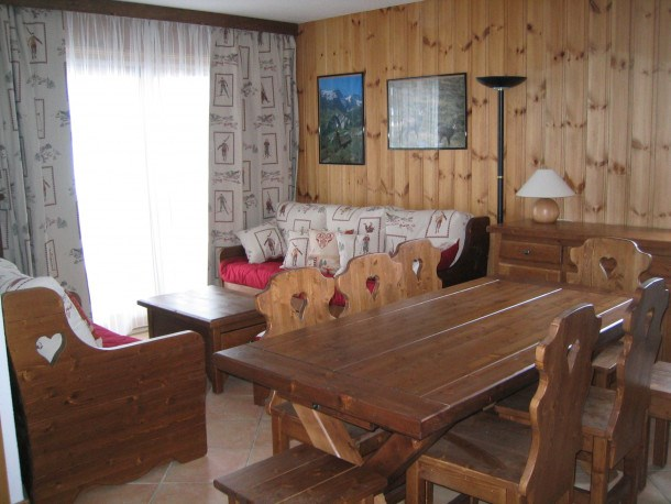 Location vacances Les Allues -  Appartement - 7 personnes - Télévision - Photo N° 1