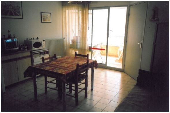 Résidence Tenilles – Trois pièces 46 m² + loggia 5 m².